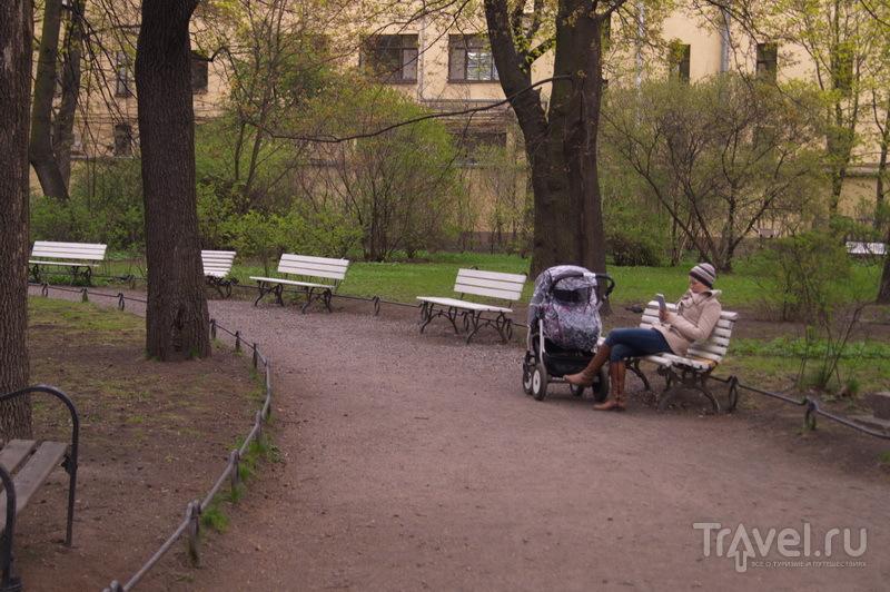 Сквер музея Ахматовой / Россия