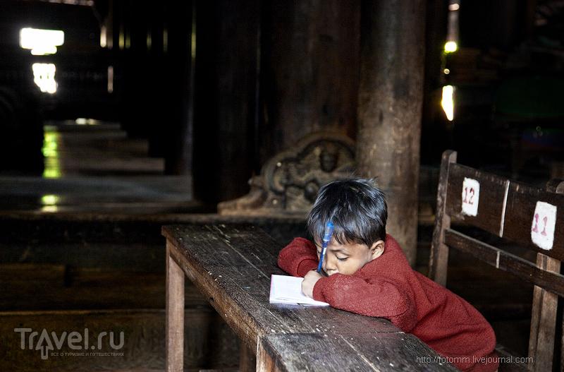 Бирма. Уроки в деревенском храме / Фото из Мьянмы