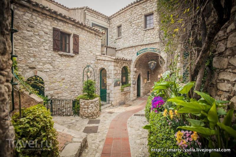 Эз (Èze): колоритная деревня между Монако и Ниццей / Фото из Франции