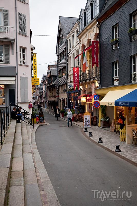 Онфлёр - старый конкурент Гавра / Фото из Франции