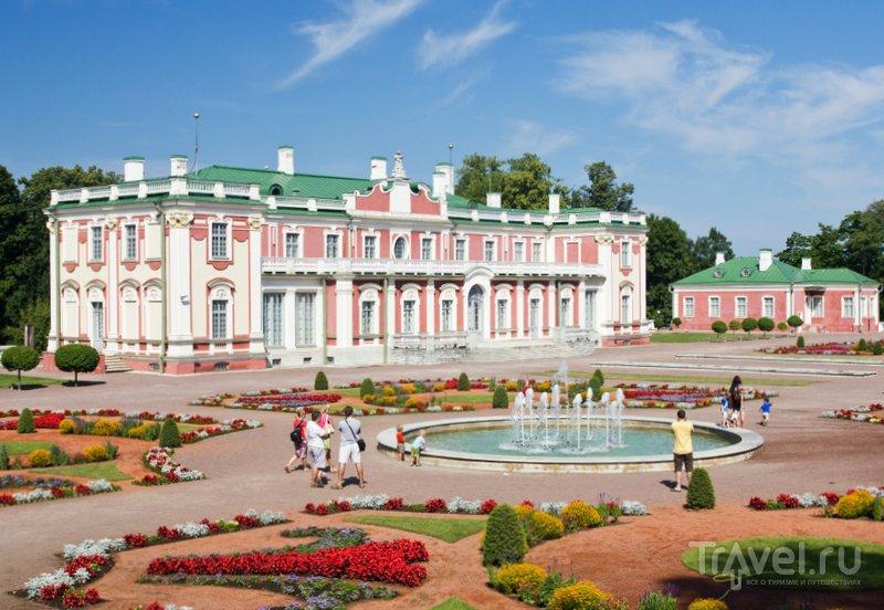 Дворец Кадриорг в Таллине выстроен в стиле барокко по приказу Петра I