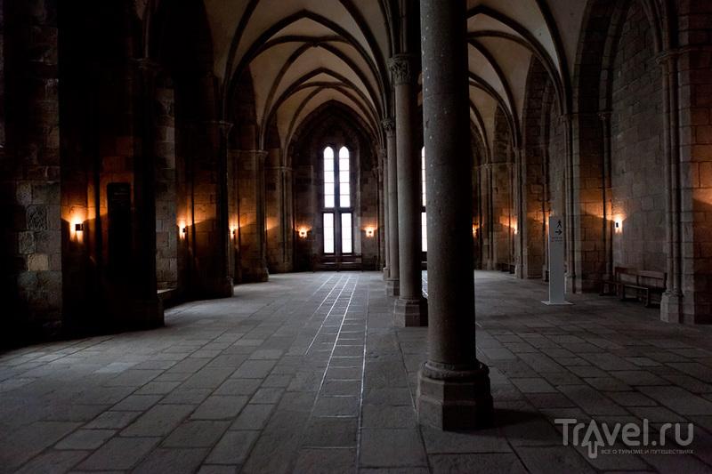 Аббатство Мон-Сен-Мишель - шедевр средневековой архитектуры / Фото из Франции