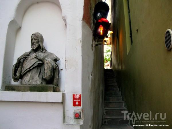 Самая узкая улица Праги / Чехия
