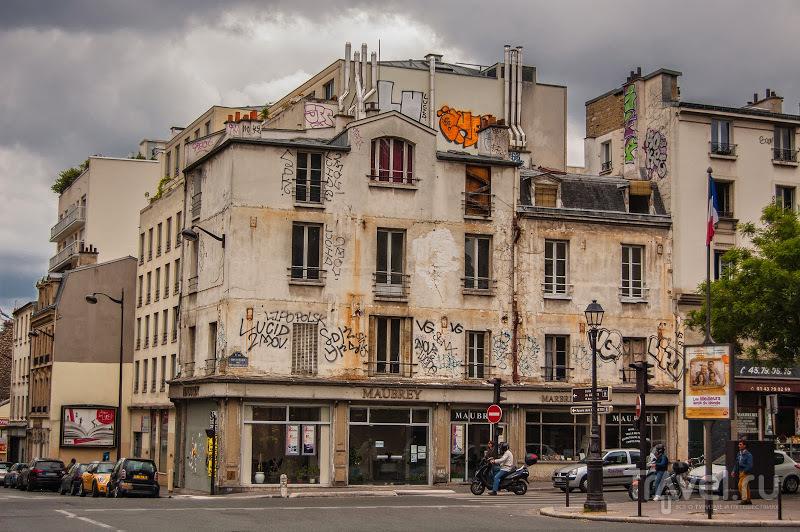 Париж. Пер-Лашез - город-кладбище / Франция