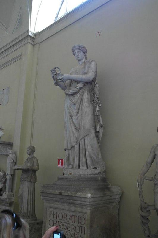 Ватикан - двор и скульптуры / Ватикан