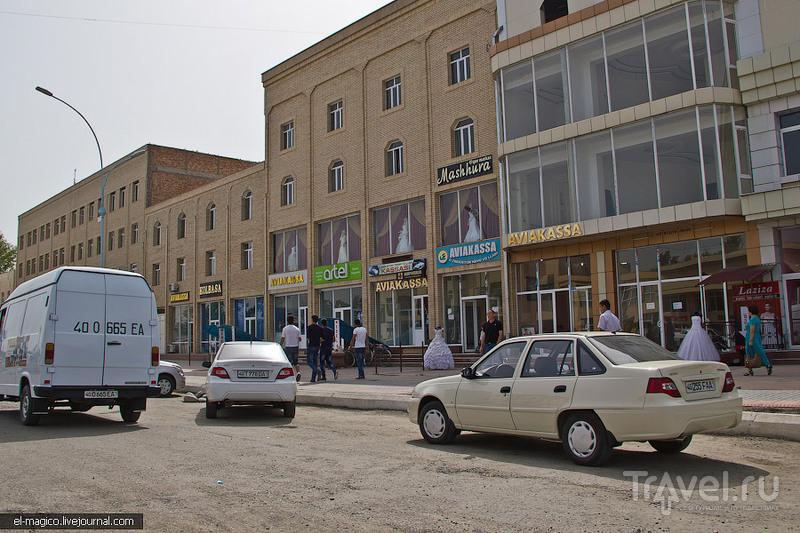 Как делают узбекский шёлк и ковры? Базары Ферганcкой области и Андижан / Узбекистан