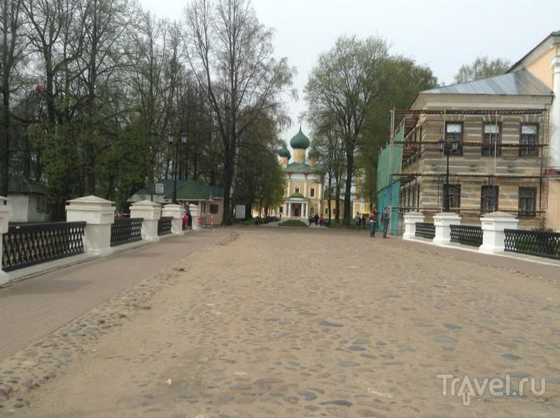 Углич. Прогулка по Кремлю / Россия