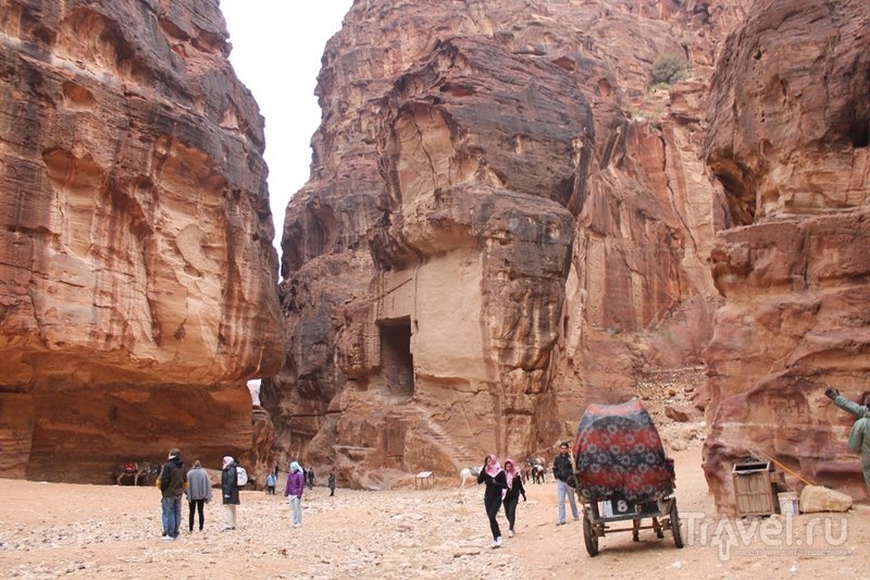 Петра - чудо света поневоле / Иордания