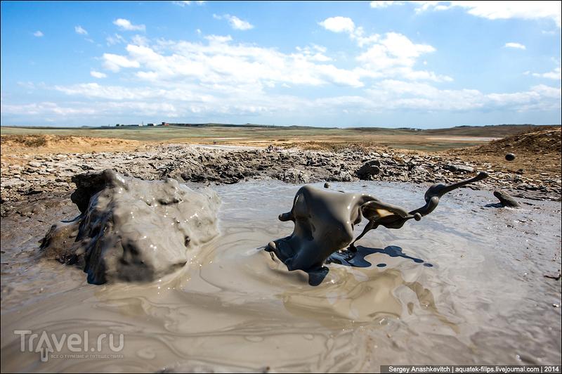 Грязевые вулканы в Крыму / Фото из России