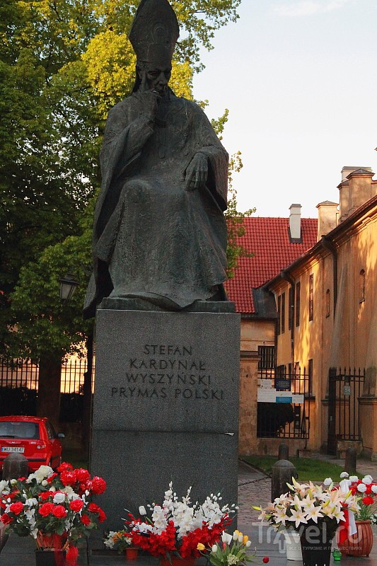 Варшава - город-герой / Польша