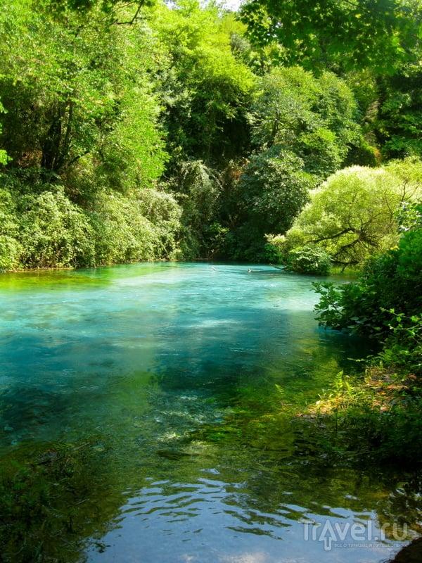 Точная глубина водоема, который образуют источники, остается неизвестной.  / Албания