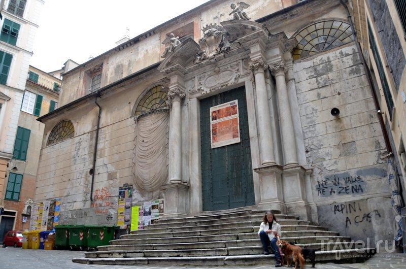 Церковь в старом городе. / Фото из Италии