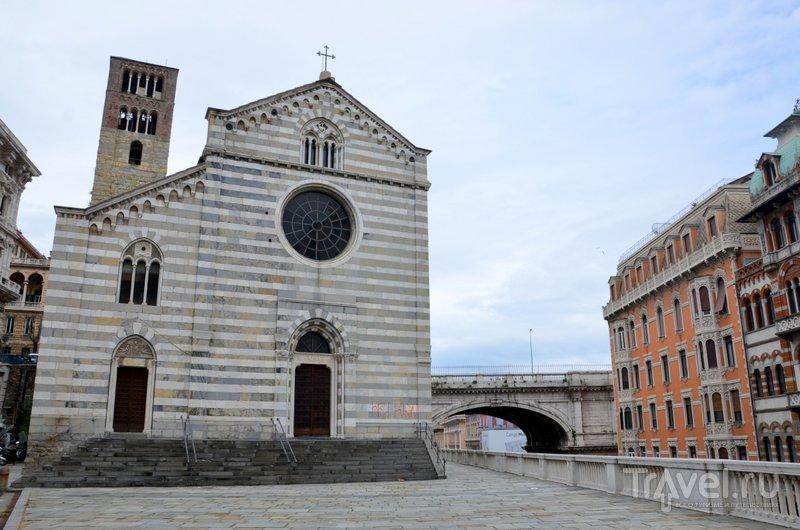 Базилика XI века, расположенная над улицей XX Settembre. / Фото из Италии