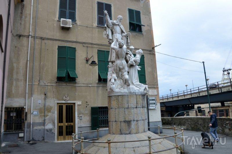 На улицах Генуи можно увидеть много забавных сцен. / Фото из Италии
