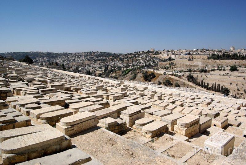 Древнее еврейское кладбище у подножия Елеонской горы