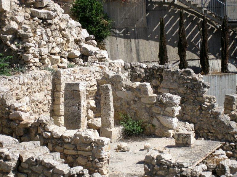 Руины в городе Давида