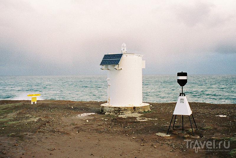 Маяк на солнечных батареях / Новая Зеландия