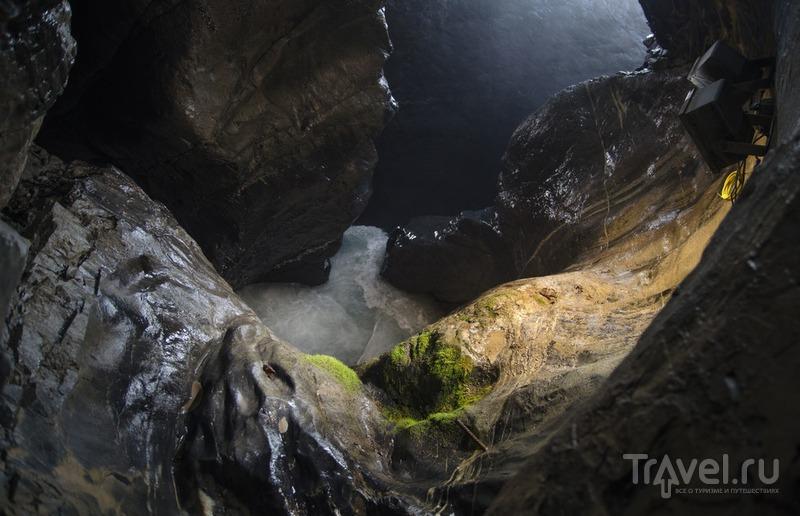 Трюммельбах. Водопад в горе / Фото из Швейцарии