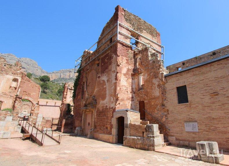 Каталония: картезианский монастырь Эскаладей / Испания