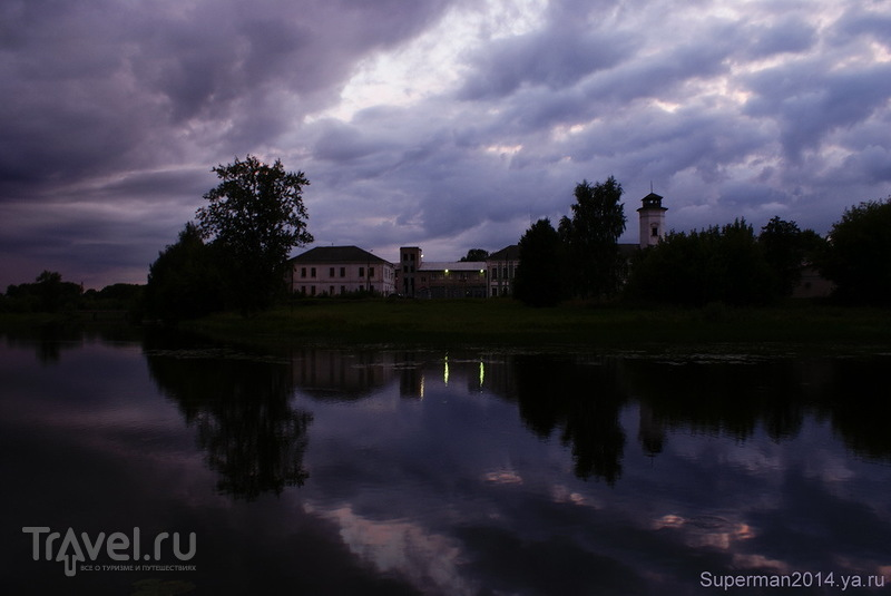 Вышний Волочёк ночью / Россия