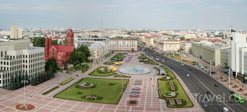 Панорама площади Независимости в Минске