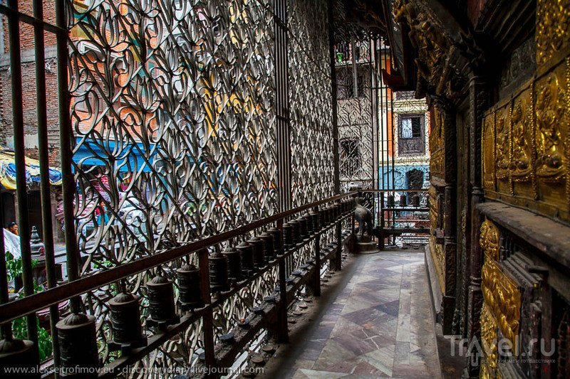 Город тридцати миллионов богов / Непал