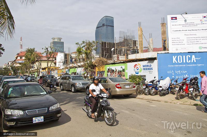 Погружение в Пномпень. История возникновения этой столицы кхмеров и уличный быт / Камбоджа