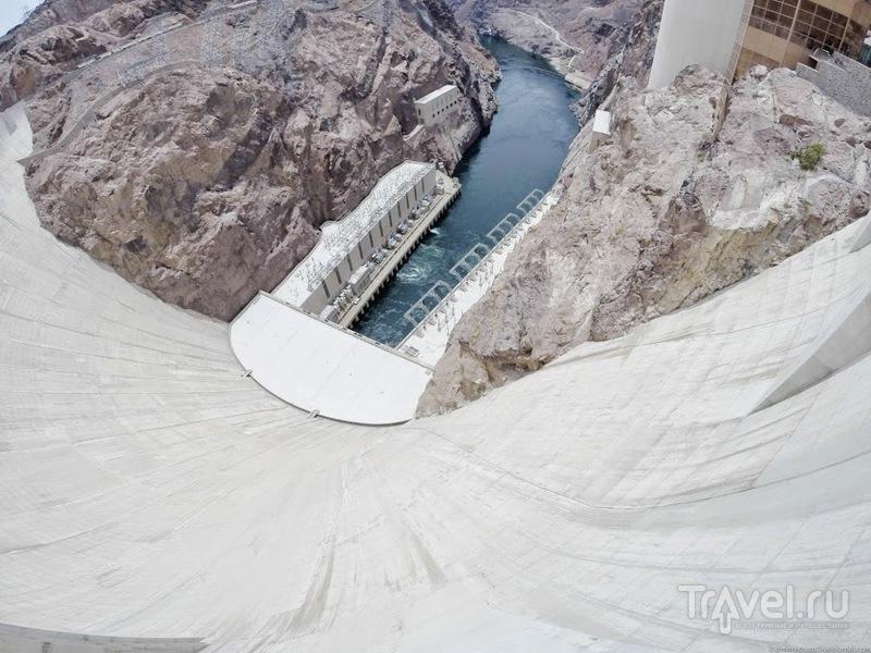 Дамба Гувера и Мемориальный мост Майка О'Каллагана - Пэта Тиллмана / США