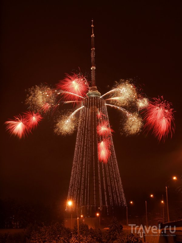 В Рождество и по случаю других важных для города и страны событий вильнюсская телебашня преображается