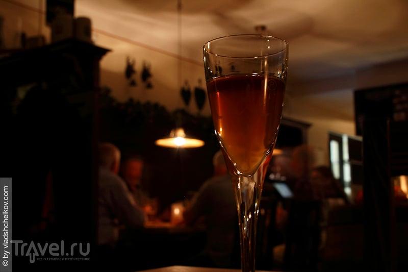 Flötzinger Bräustüberl - рустикальный ресторан местного пивовара / Германия