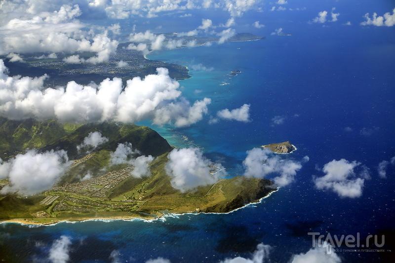 Оаху с высоты птичьего полета, гавайская Луна / США