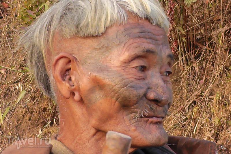 Деревни Tamgnyu, Shangnyu. Нагалиленд / Индия