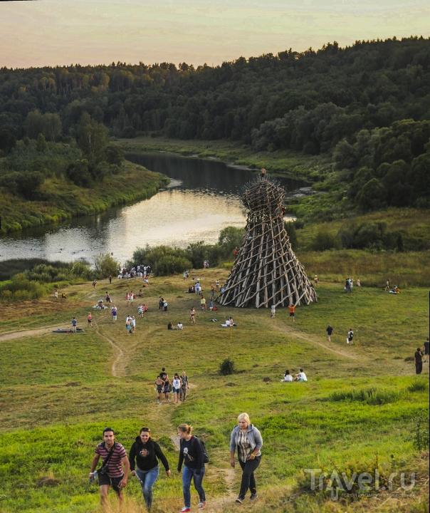 """Фестиваль """"Архстояние"""" близ деревни Никола-Ленивец / Россия"""