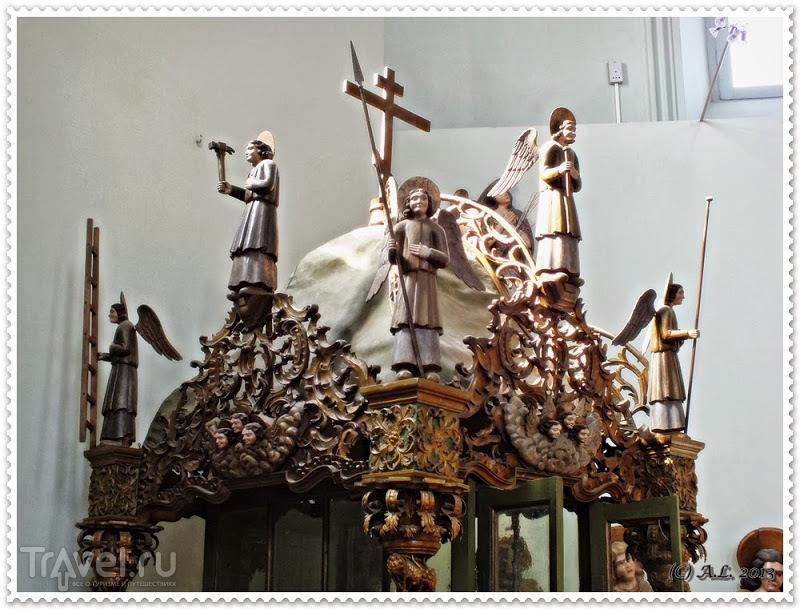 Пермь: художественная галерея, коллекция пермской деревянной скульптуры / Россия
