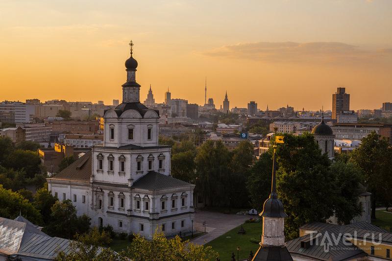 Снова вечер, снова крыша / Россия