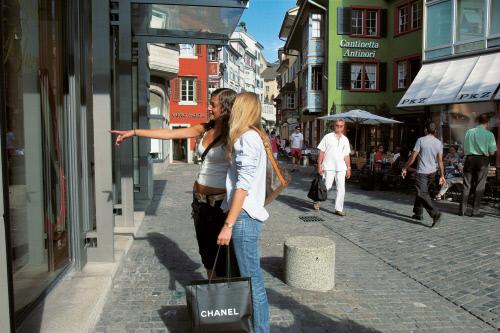 Весенний шоппинг в Швейцарии