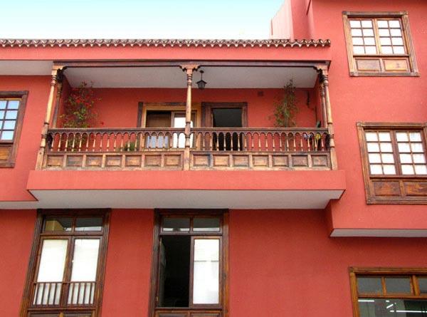 Деревянные балконы на Тенерифе