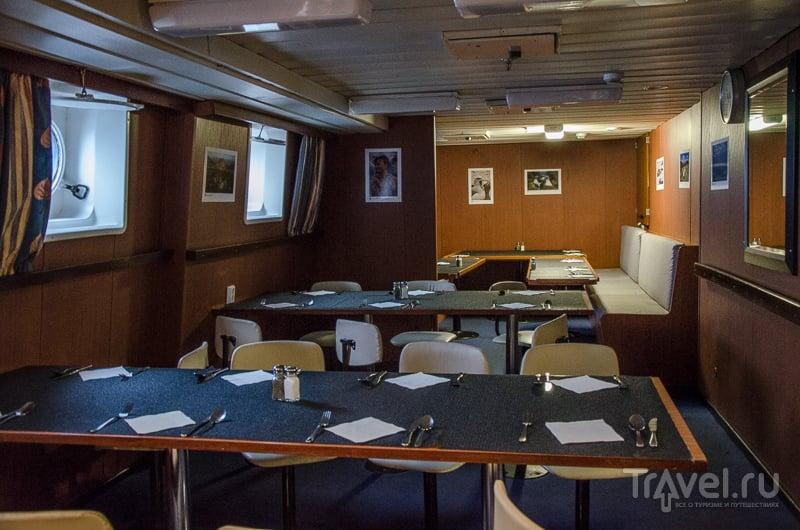 """Ресторан на борту корабля """"Профессор Хромов"""" / Фото из России"""