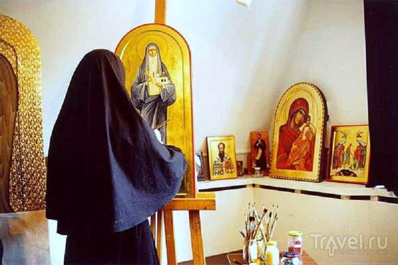 Иконописная мастерская монастыря