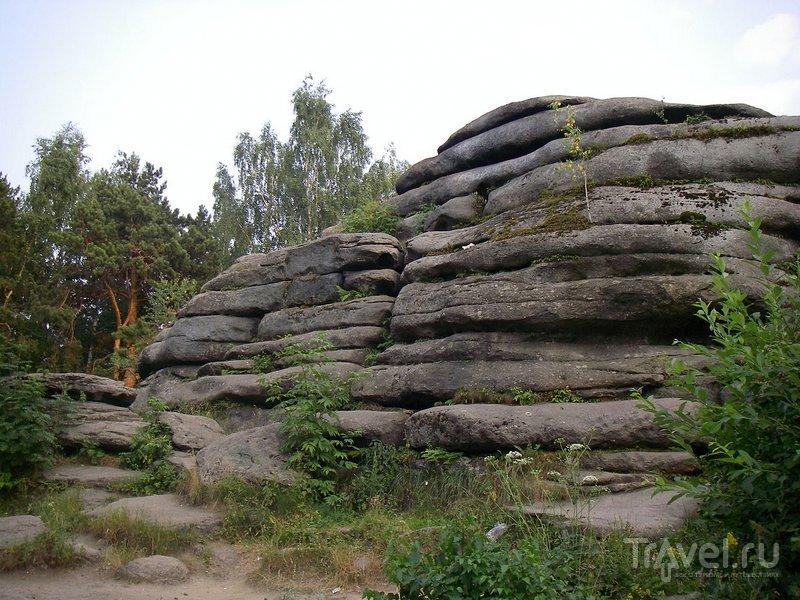 Гранитные скалы рядом с озером Шарташ
