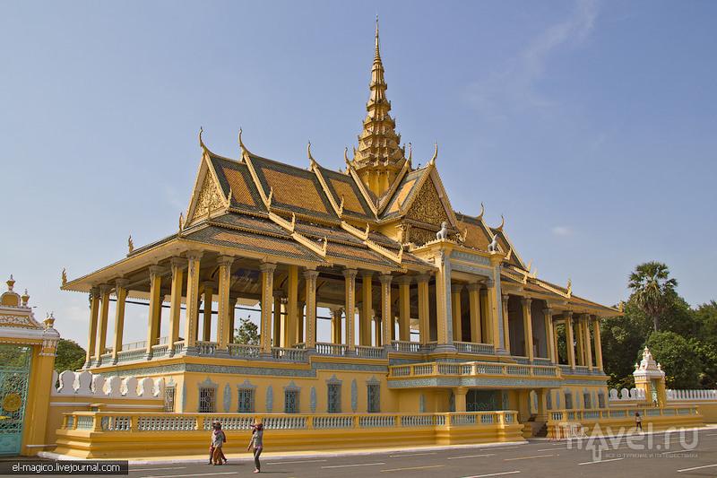 Богатство и бедность живущие по-соседству. Пномпень туристический / Фото из Камбоджи