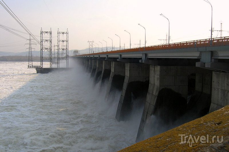 Дамба ГЭС