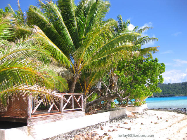 На каяке вдоль побережья Бора-Бора / Французская Полинезия