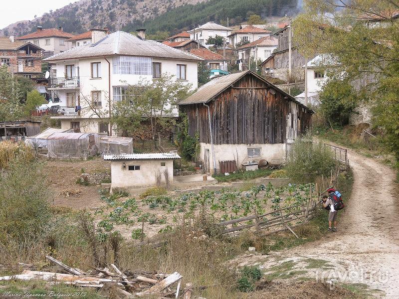 Массив Родопи -  из Чаирских озёр в деревни Триград и Ягодина / Болгария