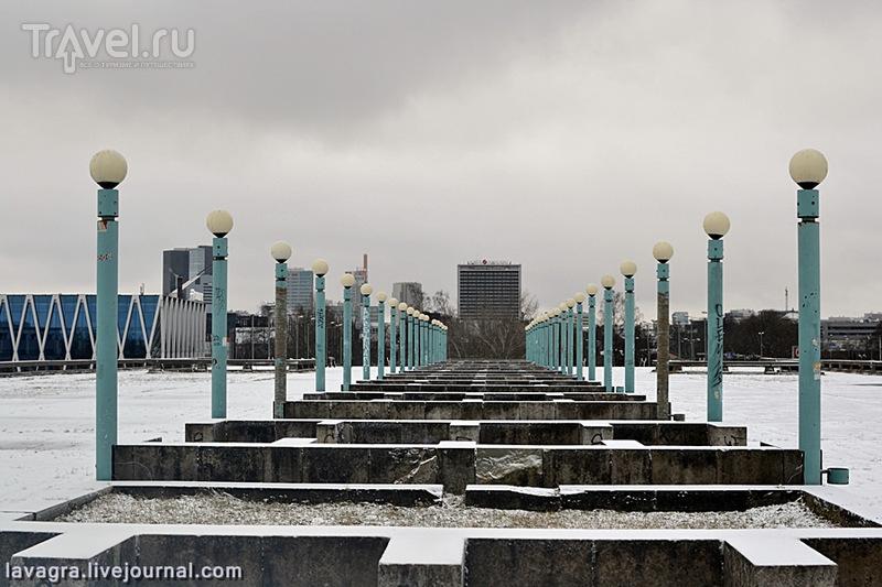 Как я случайно набрёл на исчезающий шедевр советской архитектуры в Таллине / Эстония