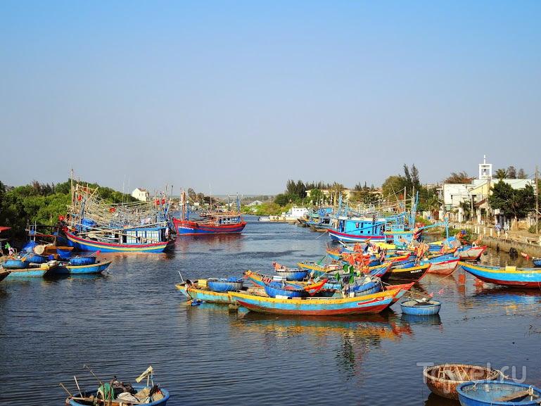 Город, обезображенный русскими буквами / Фото из Вьетнама