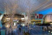 Аэропорт Токио Ханеда в новогоднем оформлении