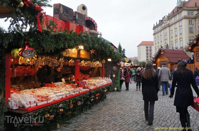 Рождественская ярмарка в Дрездене / Германия