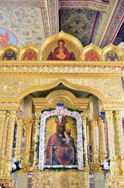 Икона Черниговской Богоматери
