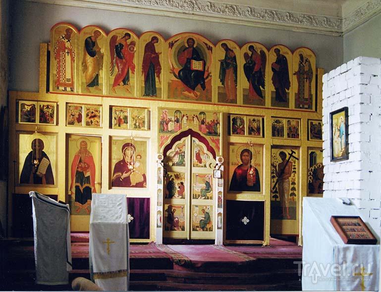 Иконостас в храме Спасо-Вифанского монастыря